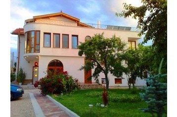 Хотел Samokov 1