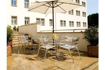 Slovacia Hotel Bratislava, Exteriorul