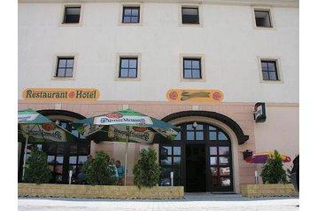 Česko Hotel Most, Exteriér