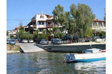 Grecia Penzión Ouranoupoli, Esterno
