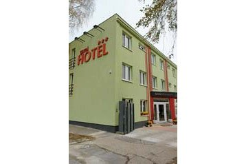 Slovensko Hotel Smolenice, Exteriér