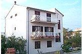 Fizetővendéglátó-hely Brodarica Horvátország