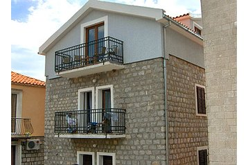 Čierna Hora Privát Budva, Exteriér