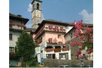 Švýcarsko Hotel Intragna, Exteriér