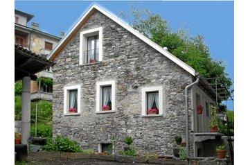 Švýcarsko Chata Gordola, Exteriér