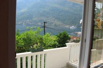 Čierna Hora Privát Lepetane, Exteriér
