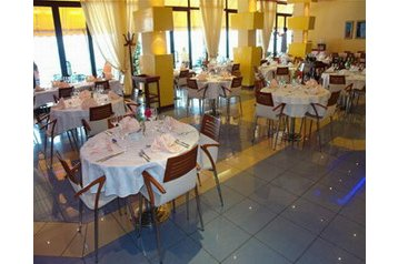 Albania Hotel Vlorë, Exteriorul