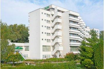 Slovensko Hotel Piešťany, Exteriér