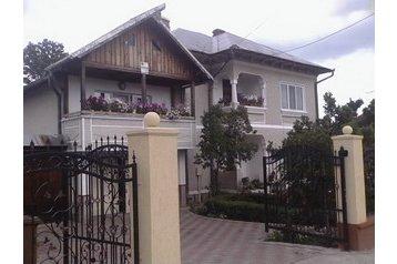 Rumunsko Privát Horezu, Exteriér