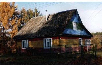 Bielorusko Chata Ostrovets, Exteriér
