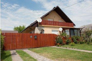 Hungary Chata Balatonmáriafürdő, Exterior