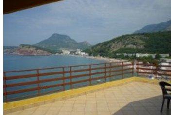 Černá Hora Privát Sutomore, Exteriér