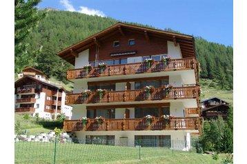 Švajčiarsko Privát Saas-Fee, Exteriér