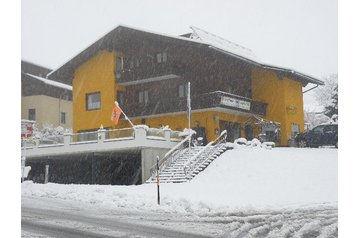 Austria Penzión Grosskirchheim, Exterior