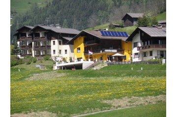 Rakúsko Penzión Grosskirchheim, Exteriér