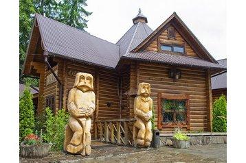 Ukraina Hotel Yaremche, Zewnątrz
