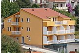 Fizetővendéglátó-hely Gradac Horvátország
