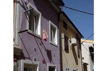 Slovenija Byt Izola, Eksterier