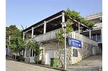 Croatia Penzión Pomena, Exterior