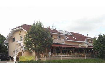 Slovensko Penzión Kaplna, Exteriér