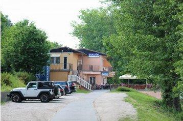 Slowakei Penzión Vrbové, Exterieur